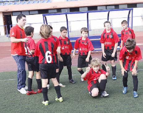 20110511210104-base-futbol-alevin-frajanas-a-1.jpg