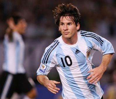 20110818225943-messi-argentina-goles-argentina-mundial-sudafrica-2010-499x340.jpg